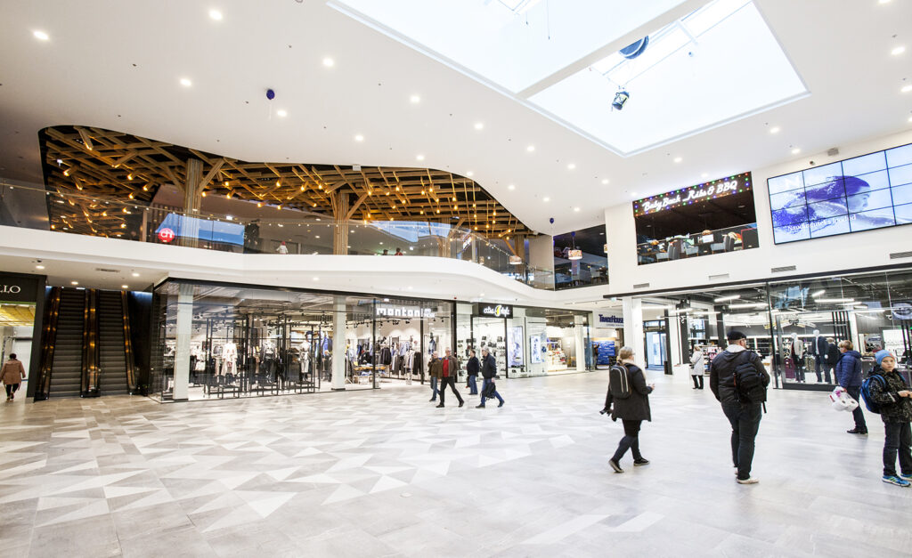 Shoppailua Sataman Nurkalta Etela Viroon The Baltic Guide