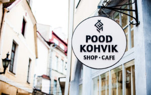 Viron ulkomuseo on tuonut Tallinnan keskustaan oman puodin ja kahvilan.