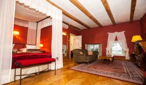 Three Sisters -hotellin huoneet ovat yksilöllisesti sisustettuja.