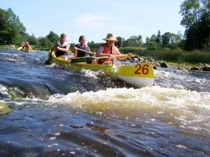 Kuka vielä väittää, että kanoottiretket ovat tylsiä? Viron suosituimmat joet sijaitsevat Etelä-Virossa ja Lahemaalla.