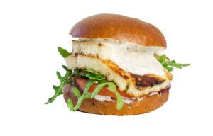 Tapsin halloumi-burger ei häviä ruokaisuudessa lihaisemmille vaihtoehdoille.
