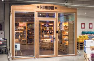 Ainoa walk in -humidori Viron kaupoissa.