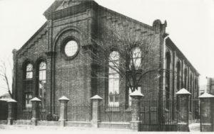 Tarton juutalaisten synagoga kuvattuna luultavasti 1930-luvulla.