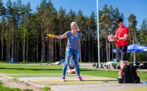 Frisbeegolfin saloihin voi tutustua Kõrvemaan retkeily- ja hiihtokeskuksessa.