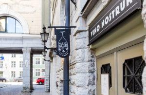 Tunnetut virolaiset huippukokit ovat Tallinnan vanhankaupungin uuden Pazzo-viinibaarin takana.