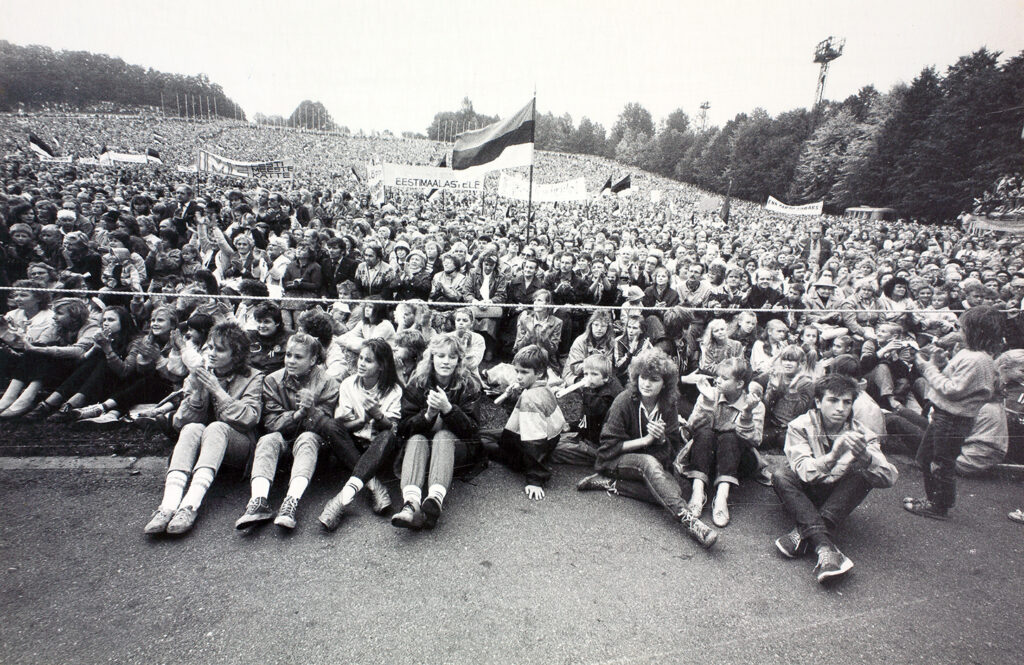viro itsenäistyi 1991