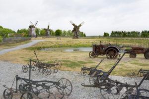 Anglan tuulimyllymäki sijaitsee Saarenmaalla.
