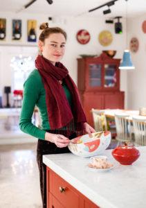 Anni Arro vinkkaa, että talvella voileivän päälle voi mauttomien tomaattien sijaan laittaa punajuurisiivuja.