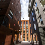 Rotermannin korttelissa on useita liikkeitä, joita Suomessa ei ole. Alueen arkkitehtuuri on erittäin kiinnostavaa.