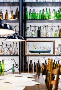2 500 pullon installaatio on kerätty Virosta.