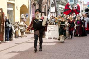 Viron eri kaupunkien hansapäivät nostavat musiikin, ruuan ja erilaisten kulttuuritapahtumien avulla esiin maan komeaa hansahistoriaa.