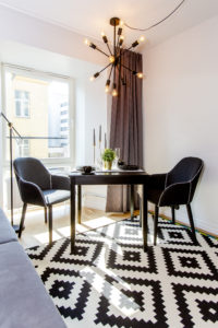 Tallinnan uudessa huoneistohotellissa yhdistyvät kodinomaisuus ja hotellien laatu.
