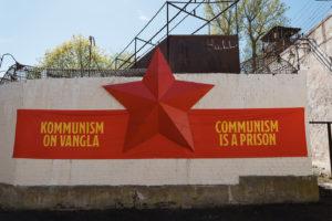 Kommunismi on vankila -näyttely on avoinna lokakuun alkuun saakka.