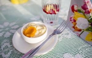 Sõiria syödään hillon tai hunajan kera.