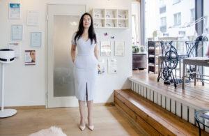 Maria Maido-Fiveger vetää viehättävää Siluett-salonkia, jossa käytetään vain virolaista luonnonkosmetiikkaa.