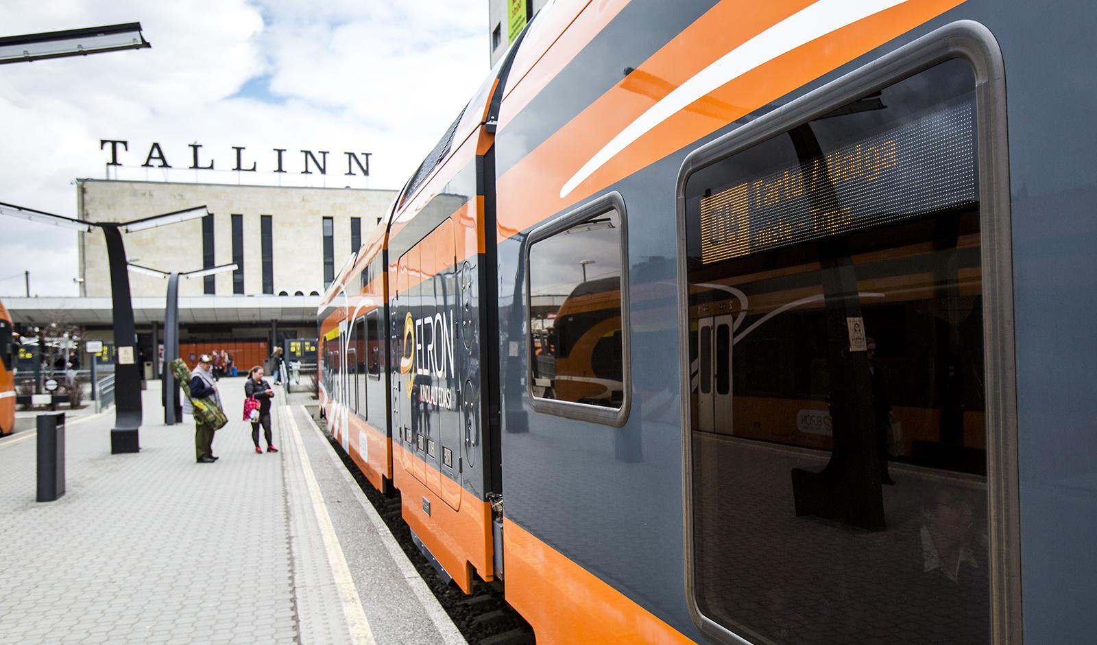 Koe Viro Julkisilla Viron Julkinen Liikenne Toimii Hyvin Ja On