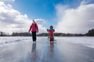 Etelä-Viron järvien jäillä on hyvä potkukelkkailla.