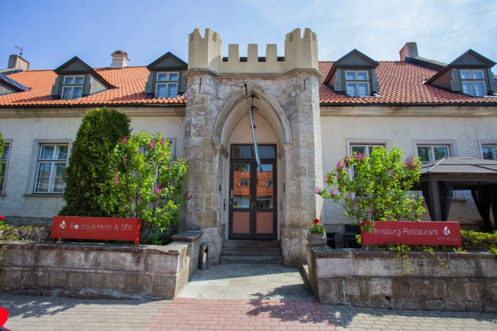 Arensburg Boutique Spa & Hotel yhdistää tyylikkäästi vanhaa ja uutta.